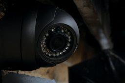 دوربین مداربسته با لنز ثابت